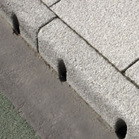 Bordura per canaletta / in calcestruzzo / lineare
