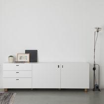 Credenza moderna / in legno laccato / in MDF laccato / in legno massiccio