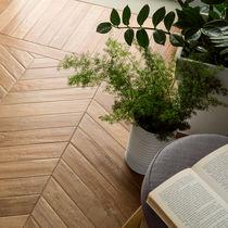 Piastrella da interno / per pavimento / in gres porcellanato / a motivi