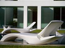 Prendisole design originale / in polietilene / da giardino