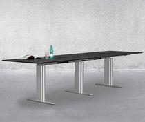 Tavolo da conferenza moderno / in laminato / in acciaio / rettangolare