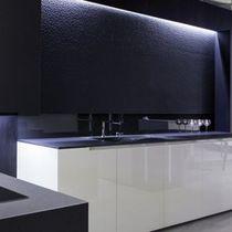 Paramento in pietra naturale / indoor / nero / aspetto pietra