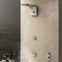Soffione doccia da parete / rettangolare / a pioggia / a cascata