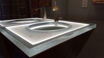 Piano lavabo in vetro / ad uso professionale / su misura / retroilluminato
