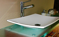 Piano lavabo in vetro