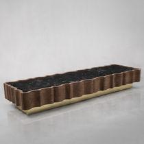 Tavolino basso design originale / in metallo / in marmo / in legno massiccio