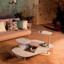 Tavolino basso moderno / da giardino