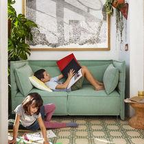 Divano moderno / in tessuto / di Ronan & Erwan Bouroullec / 2 posti