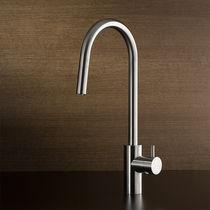 Miscelatore in acciaio inox / da cucina / a becco orientabile / con doccetta estraibile