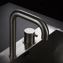 Miscelatore in acciaio inox / da cucina / 2 fori / a becco orientabile