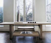 Tavolo da pranzo moderno / in quercia / in legno massiccio / rettangolare