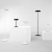 Lampada da tavolo / moderna / in acciaio / da interno