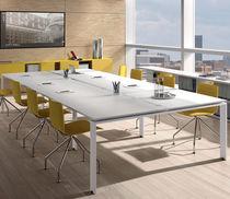 Tavolo da riunione moderno / in metallo / in melamminico / rettangolare