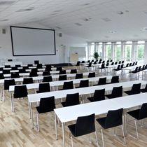 Tavolo da conferenza moderno / in laminato / in HPL / rettangolare