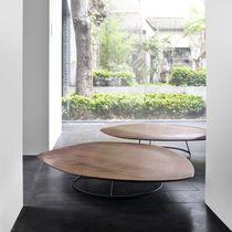 Tavolino basso moderno / in noce americano / in acciaio laccato / da interno