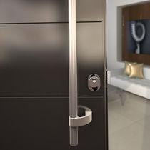Maniglia a tirante per porta / in acciaio inox / moderna / finitura spazzolata