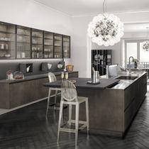 Cucina moderna / in legno / in metallo / con isola