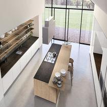 Cucina moderna / in ardesia / in acciaio inox / in acciaio