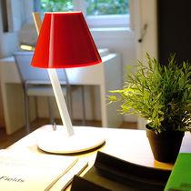 Lampada da tavolo / moderna / in alluminio / in plastica