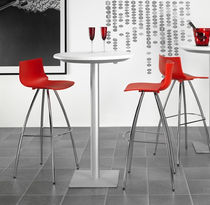Sgabello da bar moderno / in acciaio cromato / in polipropilene / rosso