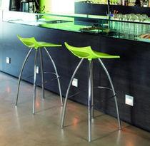 Sgabello da bar moderno / in acciaio cromato / in polipropilene / nero