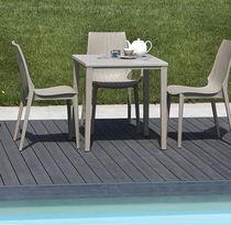 Tavolo moderno / in polipropilene / rettangolare / quadrato