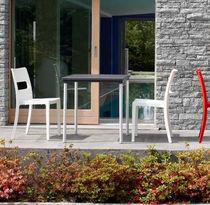 Tavolo moderno / in alluminio anodizzato / in polipropilene / quadrato