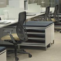 Poltrona da ufficio moderna / in rete / con rotelle / con base a stella