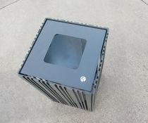 Pattumiera pubblica / in metallo / con portacenere integrato / moderna