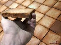Piastrella da interno / da pavimento / in terracotta / anticata