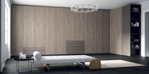 armadio ad angolo / moderno / in legno / con ante battenti