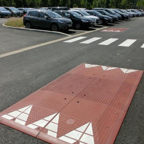 rallentatore per spazi pubblici
