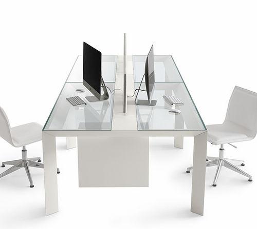 scrivania per open space / in quercia / moderna / contract