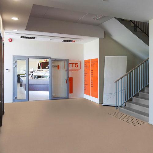 pavimento in vinile / per struttura sanitaria / in rotoli / liscio