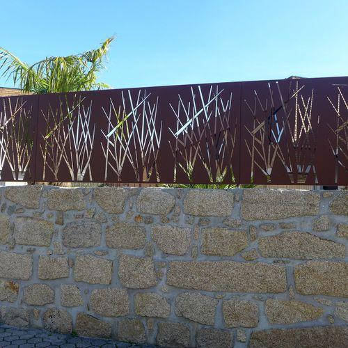 recinzione per spazio pubblico / a pannelli / in metallo
