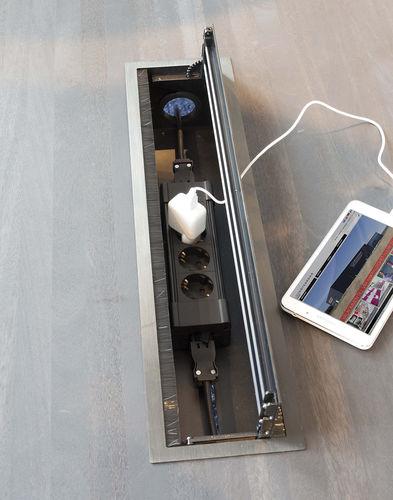 presa di corrente / multipla / da incasso / in alluminio