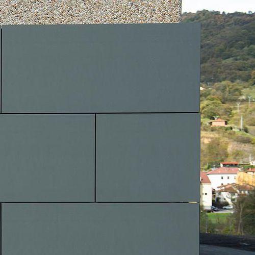 pannello sandwich per tetto / per rivestimento di facciata / rivestimento in zinco / anima alveolare in alluminio