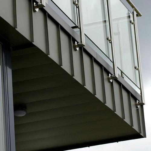 lamiera metallica grecata / in zinco titanio / per tetti / per rivestimento di facciata