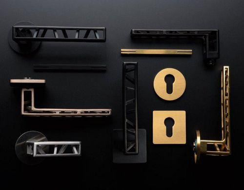 maniglia per porta / in acciaio inox / in acciaio inossidabile lucido / moderna