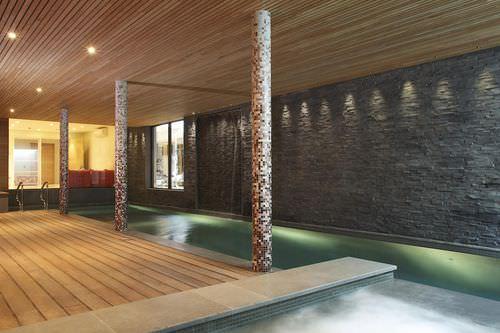 piscina interrata / in calcestruzzo / per centri benessere / da interno