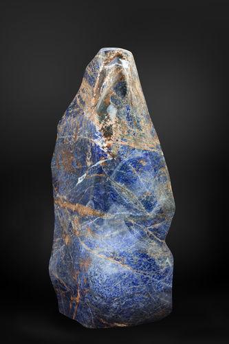 Scultura in pietra naturale GUIDERO_SODALITE_GEMSTONE_SOD6_148kg GUIDERO Holland BV