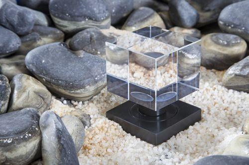 Pomello per porta moderno / in cristallo Crystal Contemporary Door Knob GUIDERO Holland BV