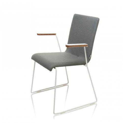 sedia moderna / imbottita / con braccioli / in faggio