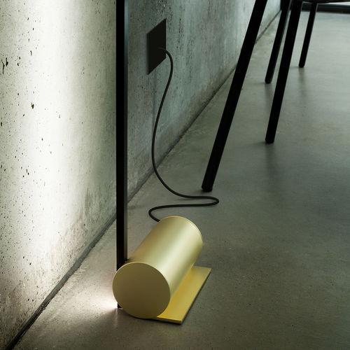 lampada da pavimento / moderna / in metallo / LED