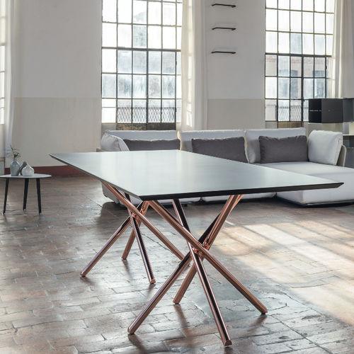 tavolo moderno / in alluminio / rettangolare / contract