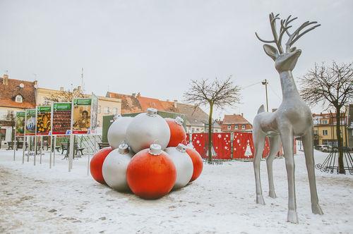 Scultura per spazi pubblici / da esterno CHRISTMAS REINDEER RUDOLF Terra Group