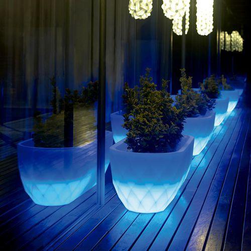 vaso da giardino in polietilene / tondo / ovale / conico