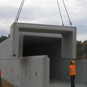 canale di scolo in calcestruzzo prefabbricato / in cemento armato