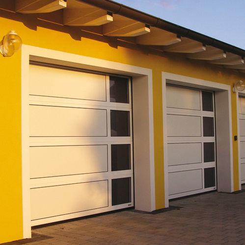 porta sezionale per garage / in alluminio / in vetro / automatica