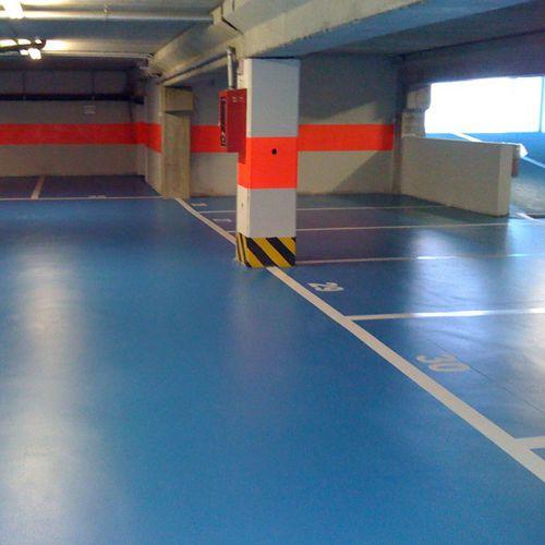 pavimento in resina / sintetico / per parco giochi / per aeroporto